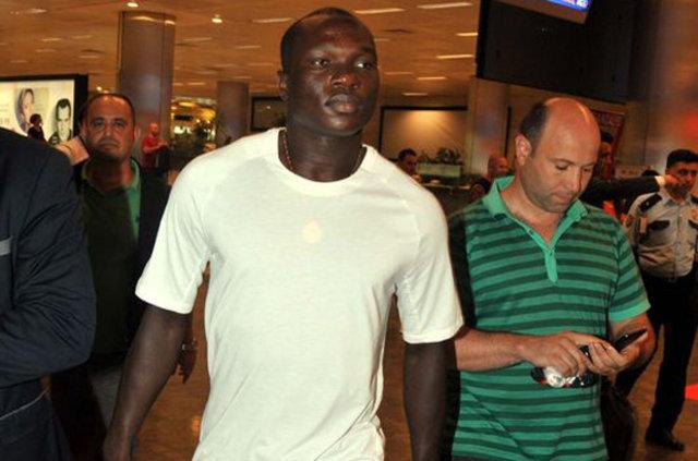 Beşiktaş'ın Porto'dan 1 yıllığına kiraladığı Aboubakar istenilen performansı sergileyemiyor