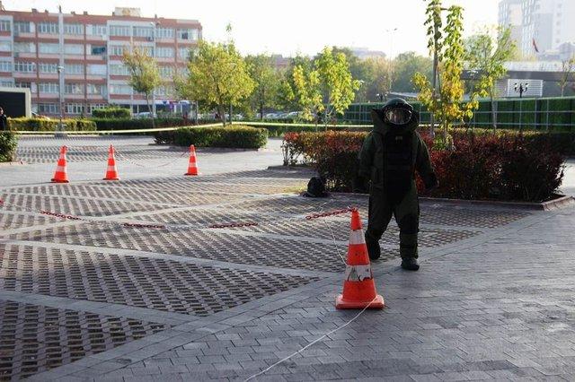 AVM'deki tatbikat vatandaşları korkuttu