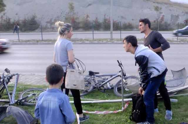 Karabük'te otomobil bisikletli çocukların arasına daldı: 1 yaralı