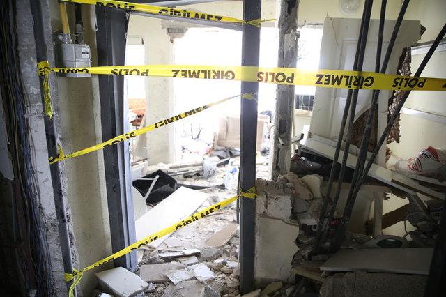 Teröristin kendini patlattığı ev görüntülendi