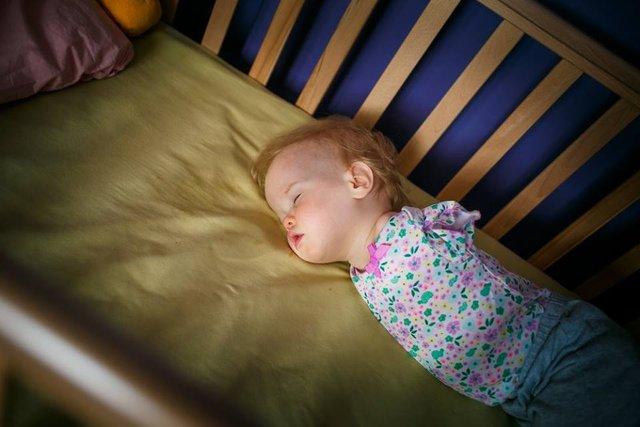 Kolları olmayan Vasilina bebek evlat edinildi!
