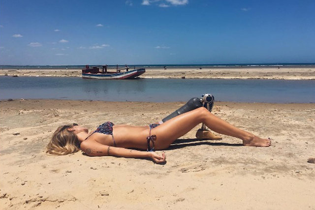 Protez bacağıyla engellere meydan okuyan model: Paola Antonini