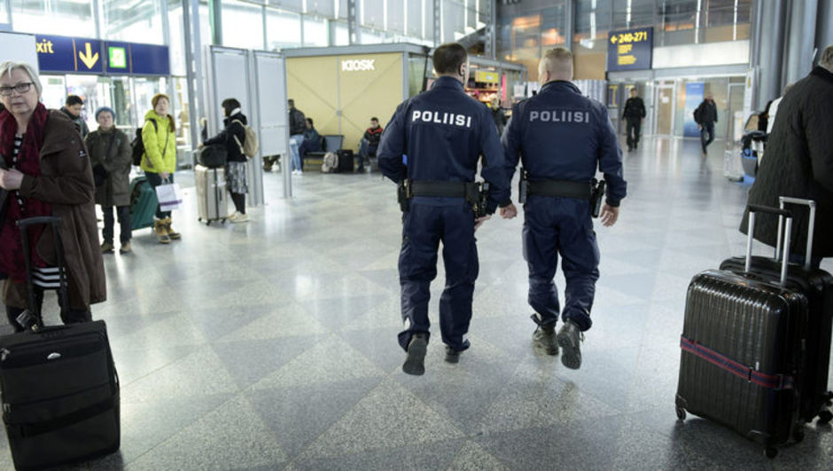 Danimarka havaalanı bomba tehditi