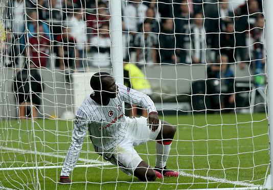 Beşiktaş'ın forvet seçimi Aboubakar'dan yana olacak
