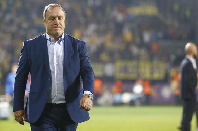 Hırvat basını, Fenerbahçe'de kötü günler geçiren Advocaat'ın yerine İgor Tudor'un geleceğini yazdı