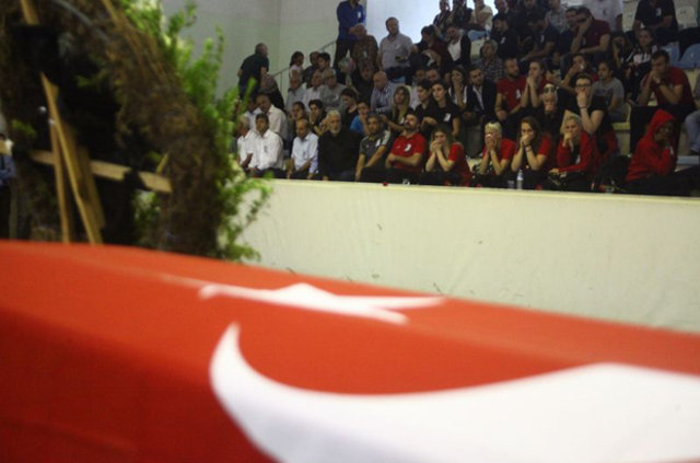 Samsun Canik Belediyespor'un Başantrenörü Mehmet Can Öztürk için memleketi Adana'nın Ceyhan ilçesinde tören düzenlendi.