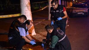 Mersin'de polislere ateş açıldı: 2'si polis, 3 yaralı