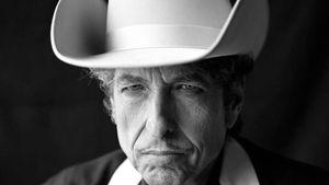 Nobel akademisi Dylan'a ulaşamıyor