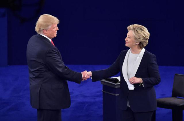 ABD'de Trump ve Clinton son kez kozlarını paylaştı