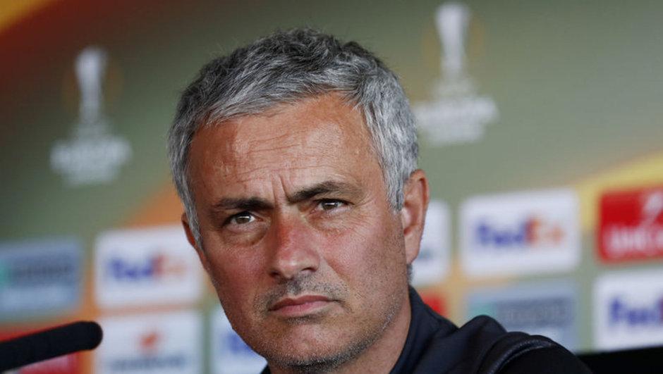 Manchester United Jose Mourinho Luke Shaw Fenerbahçe