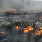 DEAŞ Kayyara'da petrol kuyularını ateşe verdi