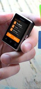 Vphone S8: Dünyanın en küçük akıllı telefonu