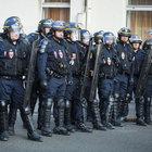 Fransa'da polisler çalışma koşullarını protesto etti