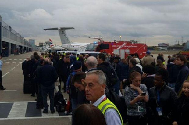 Londra'da havalimanında 'kimyasal' alarm