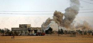 DEAŞ Musul'da 5 yıldızlı oteli havaya uçurdu