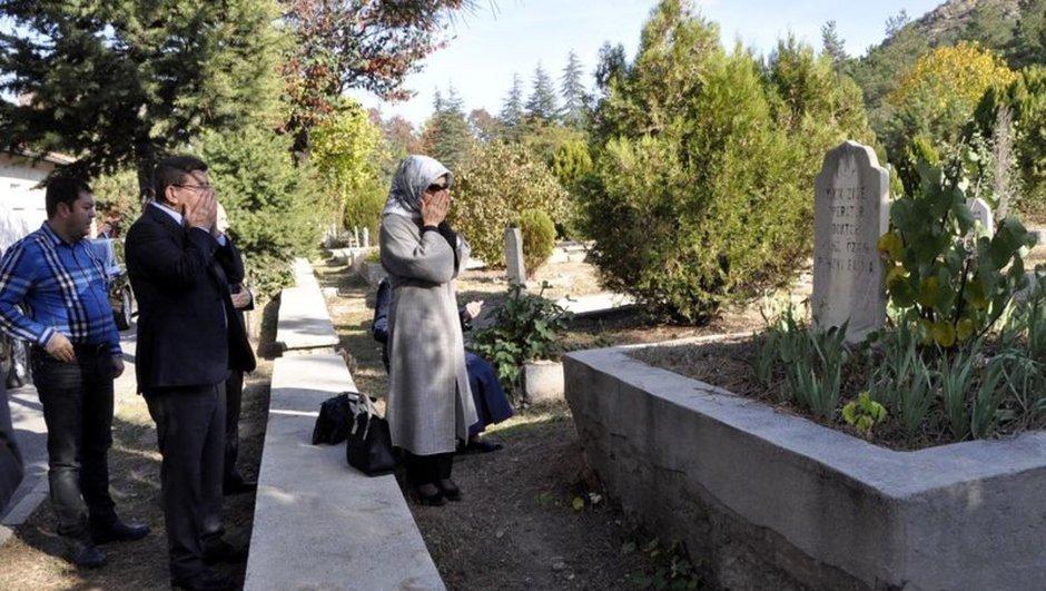Ahmet Davutoğlu, Sare Davutoğlu