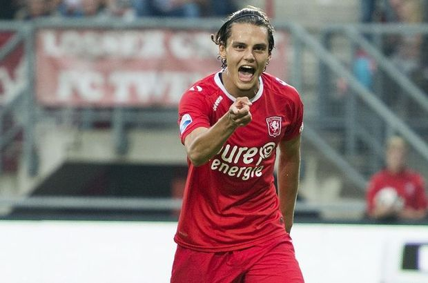 Enes Ünal Twente Go Ahead Eagles