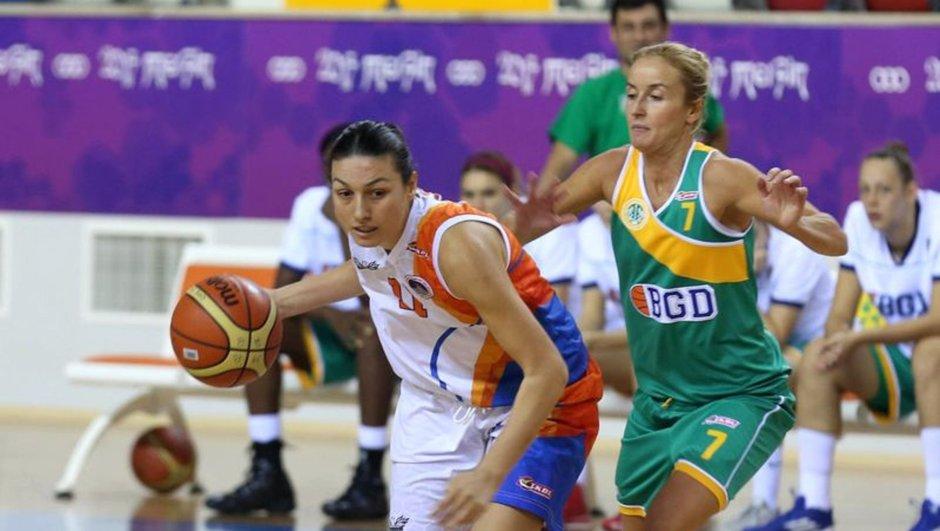 Türkiye Kadınlar Basketbol Ligi (TKBL) takımlarından Ormanspor'da forma giyen Burcu Taşbaş (27), hayatını kaybetti.