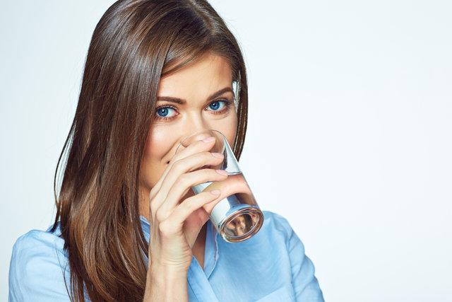 Akşamdan kalan su içilir mi?