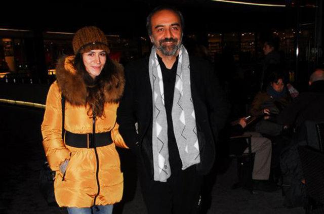 Yılmaz Erdoğan eşi Belçim Bilgin'i Londra'da yalnız bırakmadı