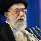 İran'ın lideri Hamaney: ABD yenilmez değil