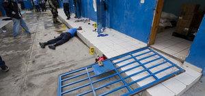 Haiti'de 174 mahkum hapishaneden kaçtı!