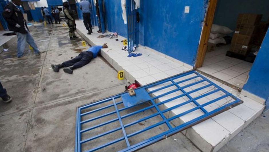haiti hapishane firarı