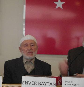 �slam alimlerinden, emekli vaiz Enver Baytan (91), vefat etti