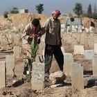 Suriye'de mezarlıklar yetersiz kaldı