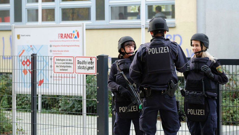 Almanya cami saldırı