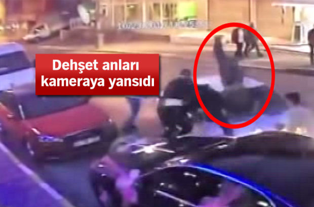 Otomobili kavga ettiği kişilerin üzerine sürdü!