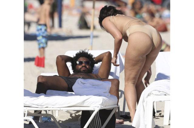 YesJulz, Miami tatilinde görüntülendi