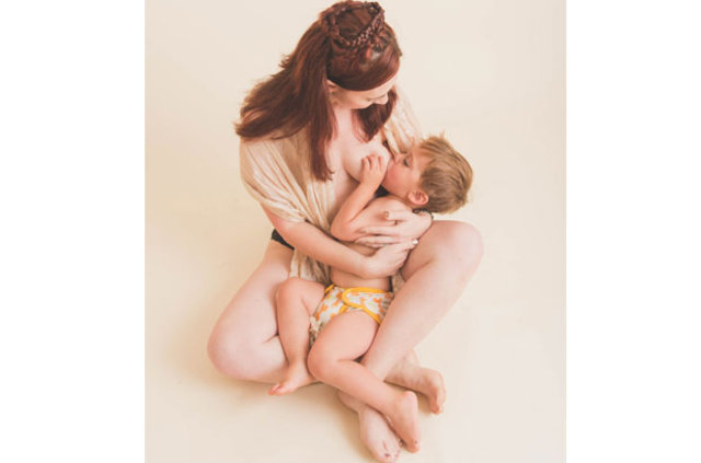 Doğum sonrası vücutlarıyla ilham veriyorlar!
