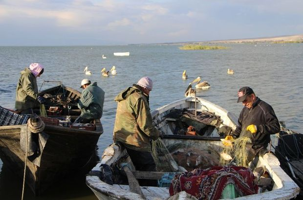 Manyas Gölü balıkçıları