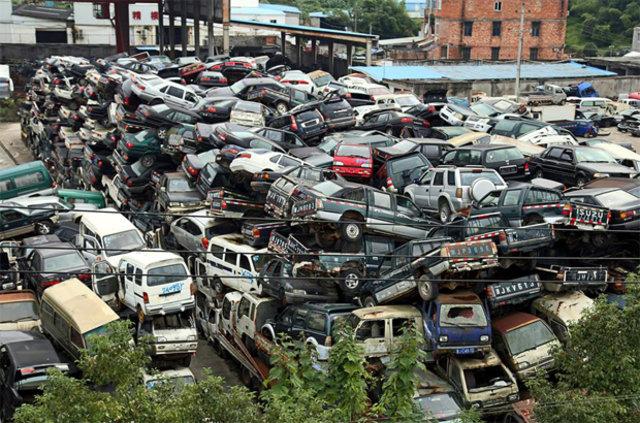 Çin'deki ilginç otomobil mezarlığı