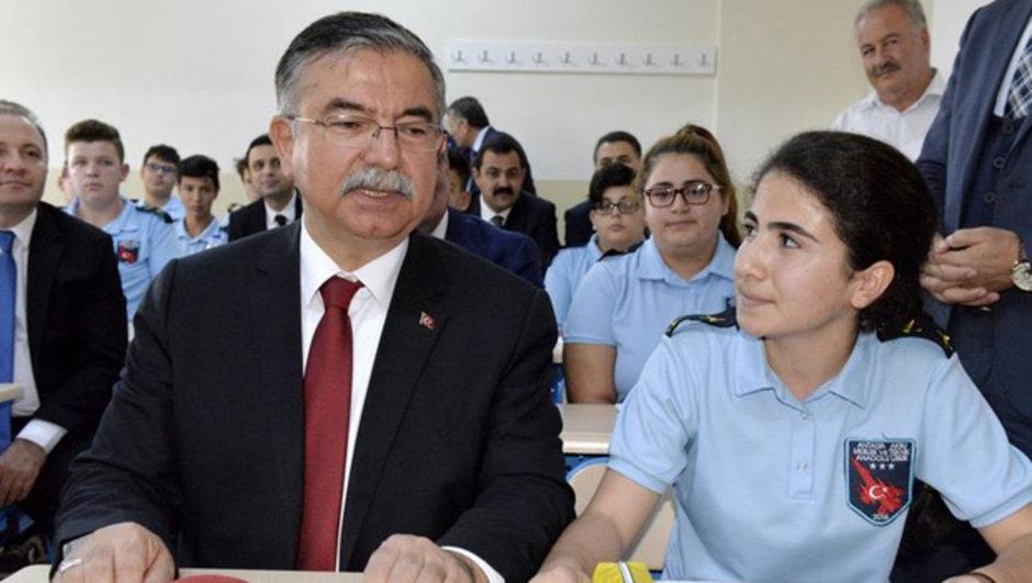 Milli Eğitim Bakanı İsmet Yılmaz Performans kriteri