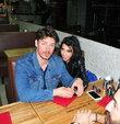 Hande Yener ve sevgilisi ile bir restoranda g�r�nt�lendi
