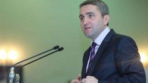 AK Parti başkanlık sistemi için imza kampanyası başlattı