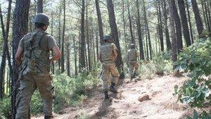 Şemdinli'de PKK'dan üs bölgesine taciz ateşi