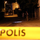 Emekli polis evinin önünde öldürüldü