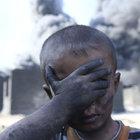 Kayyara'daki yangın bölge sakinlerini tehdit ediyor