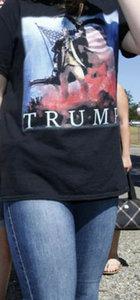 Trump tişörtü yüzünden oy kullanamadı