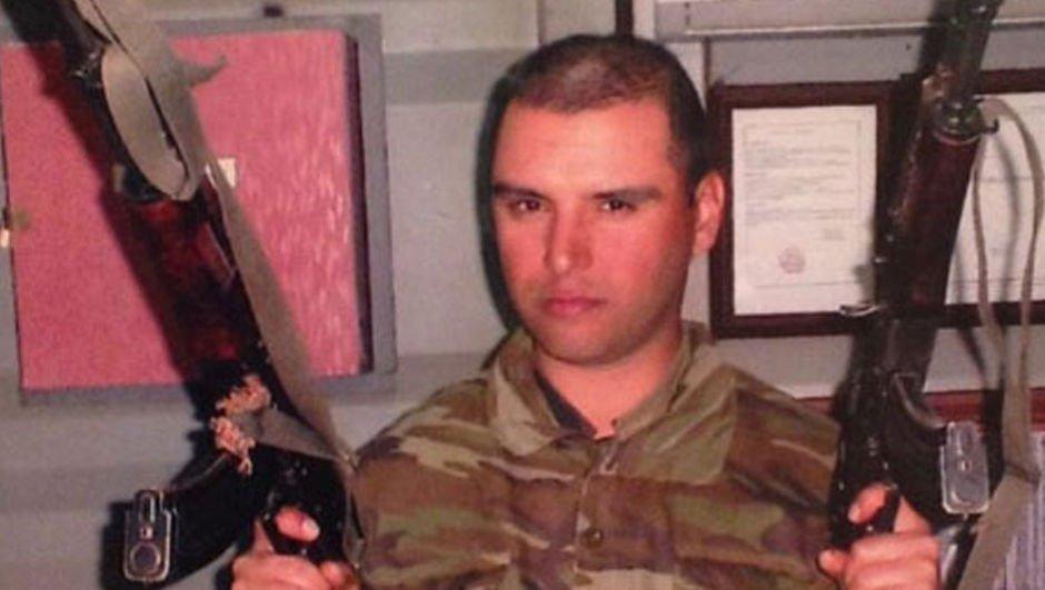 Ünlü oyuncu askerlik fotoğrafını paylaştı