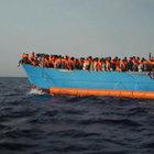 Libya'da göçmenleri taşıyan tekne battı