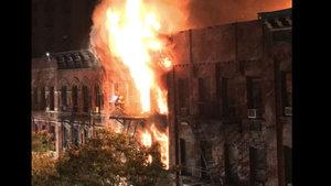 New York'taki apartmanda korkutan yangın: 1 ölü