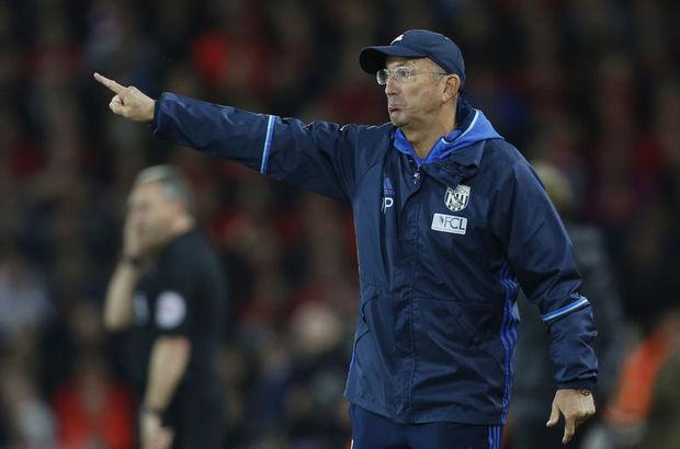 Tony Pulis bir sezon daha West Bromwich Albion'da