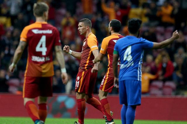 Lukas Podolski, Galatasaray'dan ayrılabilir!