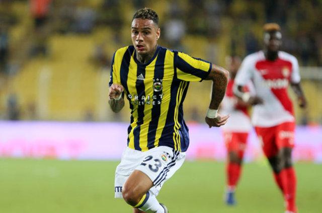 Fenerbahçe'de Gregory van der Wiel gidiyor!
