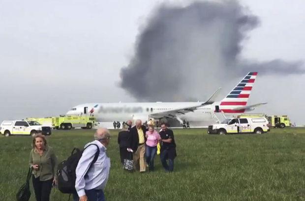 ABD'de yolcu uçağı kalkışa hazırlandığı sırada alev alev yandı