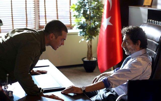 """'İçerde'nin yıldızı Çağatay Ulusoy: """"Yurtdısında dövüs eğitimi aldım"""""""